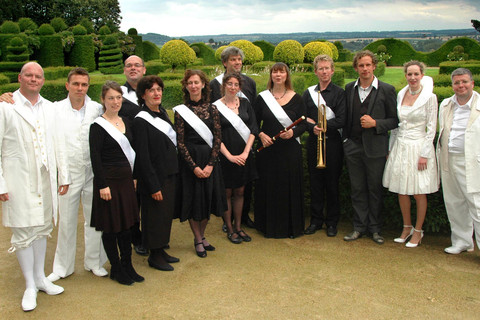 Members of the theatre group at hte Chateau de La Ballue