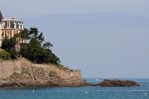A villa above Dinard's cliffs